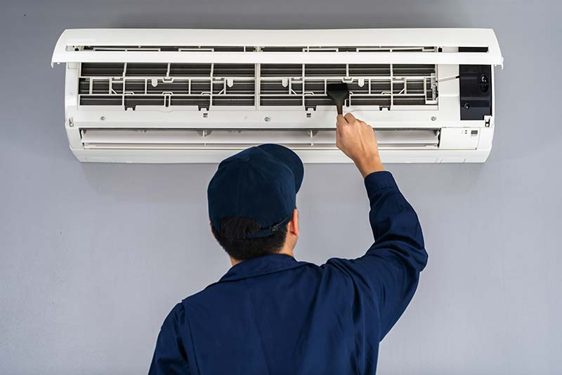 Should I Turn My Furnace Off Over the Summer?